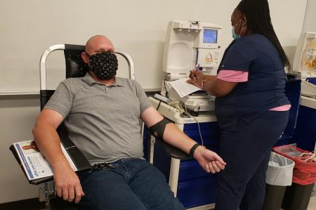 Houston Training Center Hosts Blood Drive